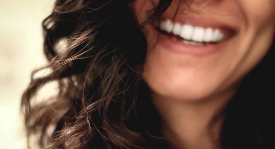 Sorridi, questo non inficia la qualità del tuo fare